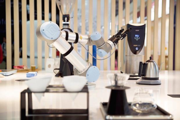 fabcafe-mitsukoshi-robot-barista-coffee