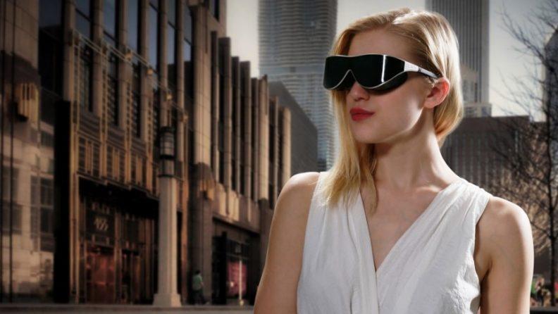 dlodlo-vr-glasses-on-woman