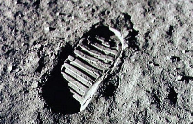 Lunar Mystery