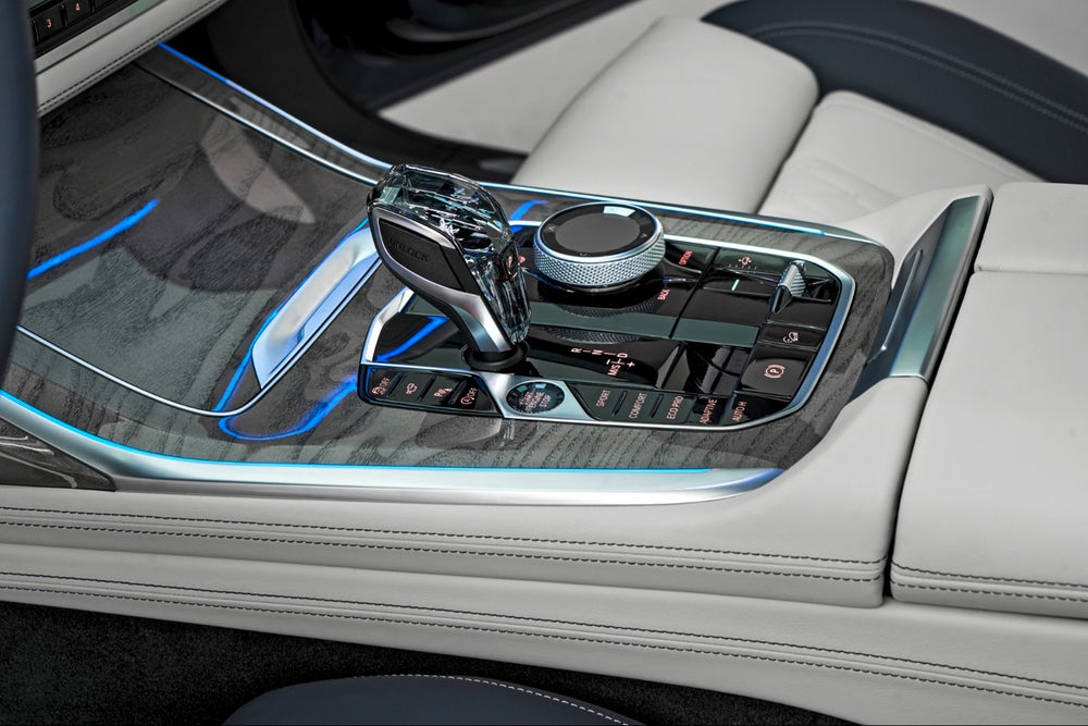 2019 BMW X7: glass-topped gear selector