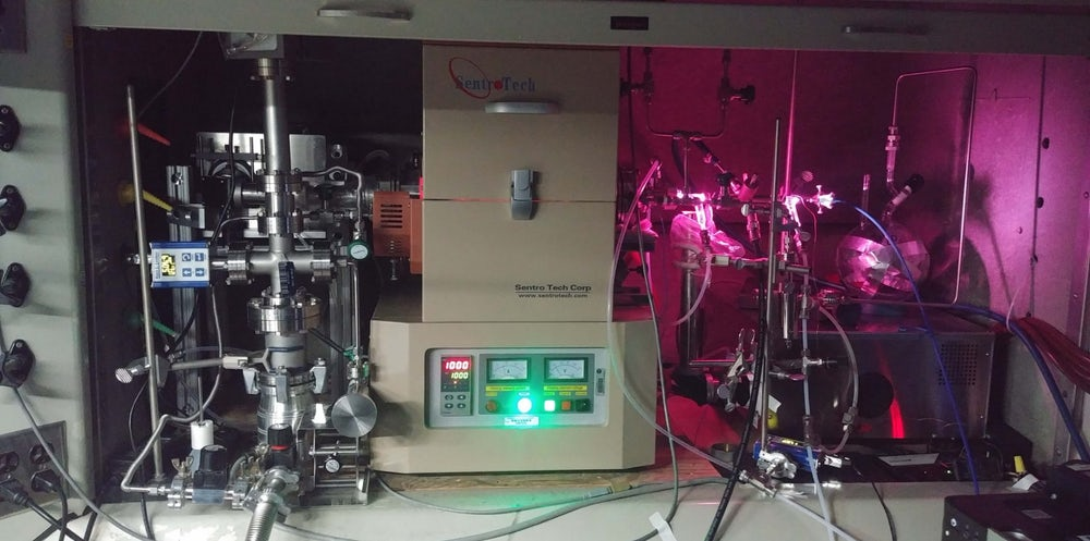 The furnace where the JPL team heated up the gas mixture to recreate the exoplanet atmosphere
