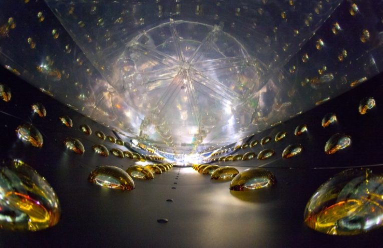 Advanced civilizations could be communicating with neutrino beams