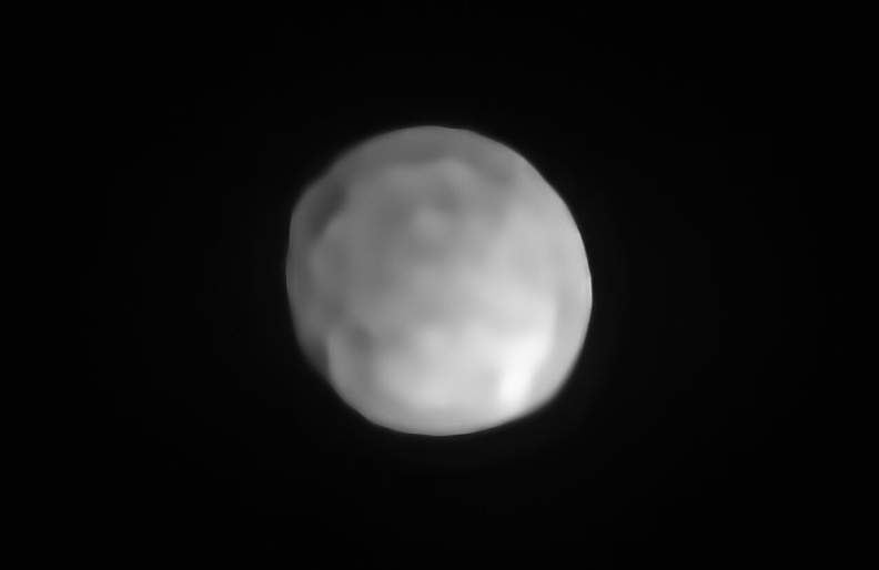 A new SPHERE/VLT image of Hygiea, which could be the Solar System's smallest dwarf planet yet.